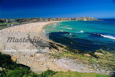 Bondi Beach, one of the city's southern ocean suburbs, Sydney, New South Wales, Australia