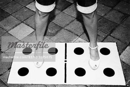 Niedrige Schnittansicht Einer Frau Mit Ihren Beinen Auseinander Auf