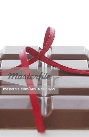 Chocolate bar and ribbon