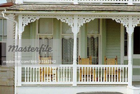 Veranda Holz cape may neue jersey weiß lackiertes holz veranda mit wicker