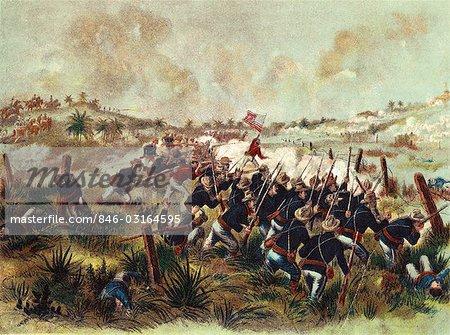 1890s AMERICAN TROOPS CHARGE SAN JUAN HILL CUBA JULY 1 1898 DURING SPANISH AMERICAN WAR BATTLE SCENE