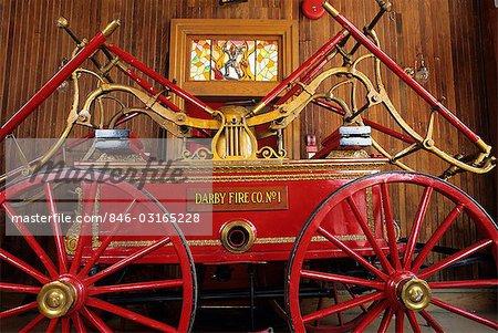 1846 DOPPEL ENDE HAND PUMPER FIREMAN'S HALL NATIONALE FEUER-HAUS UND MUSEUM, PHILADELPHIA, PENNSYLVANIA