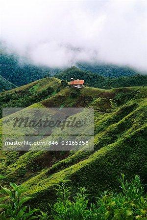 SANTA CRUZ, BOLIVIA MOUNTAINS SCENIC