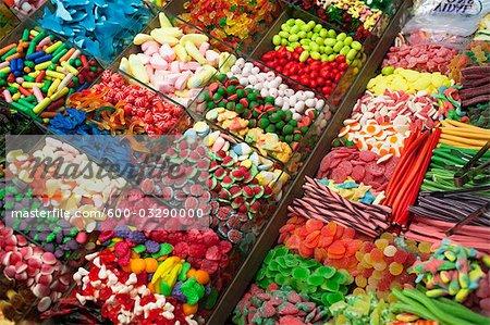 Magasin de bonbons, marché de Barcelone, Catalogne, Espagne