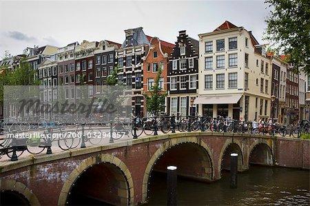 Pont au-dessus du Canal, Amsterdam, Pays-Bas
