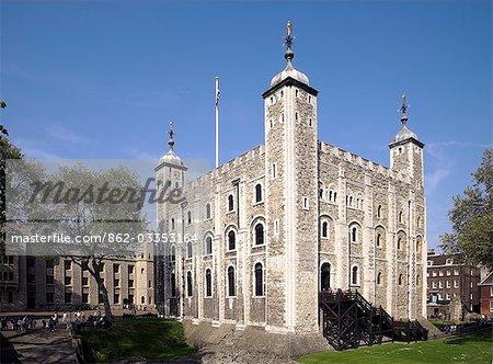 Extérieur de la tour de Londres.