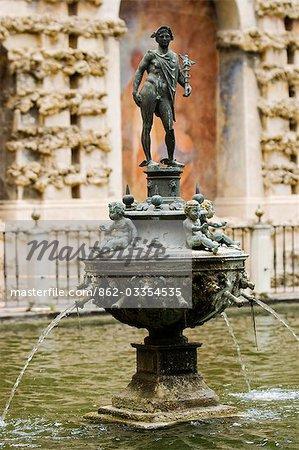 Spain,Andalucia,Seville. A fountain on the terrace of the Alcazar Palace.