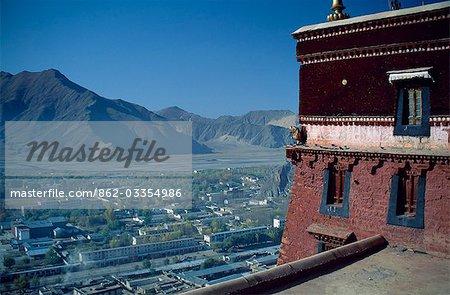 Vue sur Lhassa du Palais du Potala.
