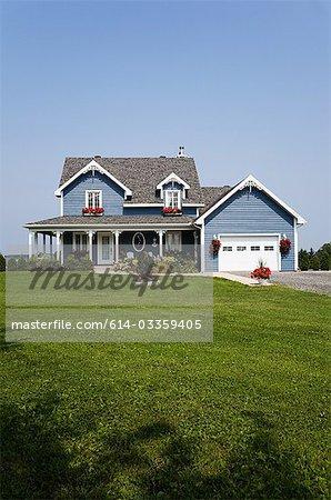 Großes Haus und Garten
