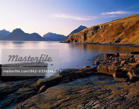 Le Cuilins de Elgol sur la côte ouest de l'île de Skye.