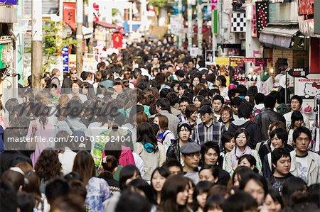 Takeshita-Dori, Bezirk Harajuku, Shibuya, Tokio, Kanto-Region, Honshu, Japan