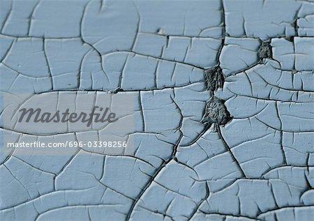 Fissures en surface