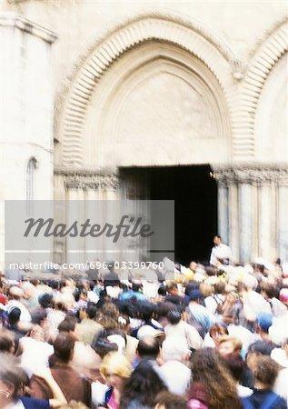 Israël, Jérusalem, la foule devant l'église du Saint-Sépulcre