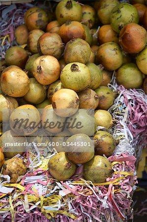 Grenades fraîches au marché, Bangalore, Karnataka, Inde