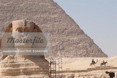 Grand Sphinx et les pyramides, Giza, Égypte