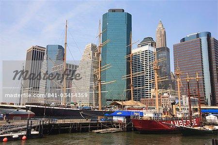 Les navires de voile historique à South Street Seaport, Manhattan, New York City, New York, États-Unis d'Amérique, Amérique du Nord