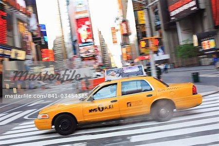 Taxi, Times Square, Manhattan, New York City, New York, États-Unis d'Amérique, l'Amérique du Nord