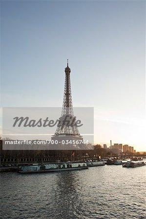 Eiffel Tower, River Seine, 7th Arrondissement, Paris, Ile-de-France, France
