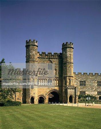 Abbaye de la bataille. Grande loge de garde du Sud. .