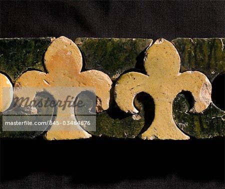 Byland Abbey. Fleur de Lys motif mosaïque carrelage éventuellement d'un élévateur de motif ou étape de frontière.