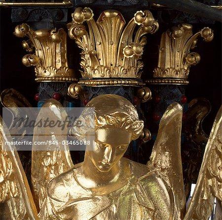 Albert Memorial, Kensington Gardens, London. Gilded angel after restoration. Built between 1862 - 1872. Architects: Sir Gilbert Scott R.A.