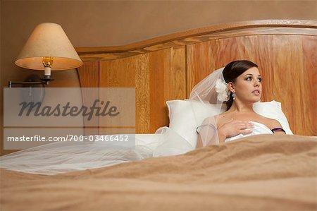Mariée au lit