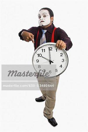 MIME zeigt eine Uhr