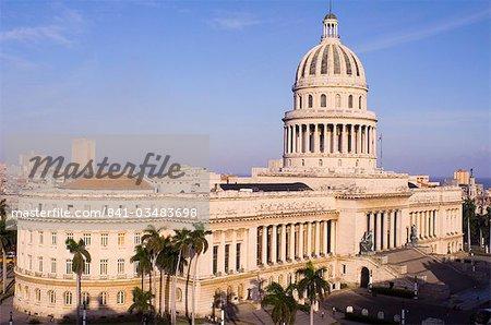 Vue aérienne du Capitole de l'hôtel Saratoga centrale Amérique centrale de la Havane, Cuba, Antilles,