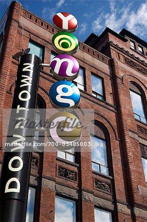 Panneau de signalisation, Yonge Street, Toronto, Ontario, Canada
