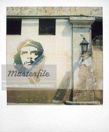 Polaroid de peinture murale de Che Guevara peint sur le mur, la Havane, Cuba, Antilles, l'Amérique centrale