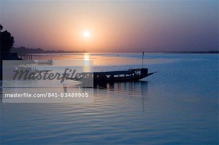 Coucher de soleil sur le fleuve Niger, Segou, Mali, Afrique