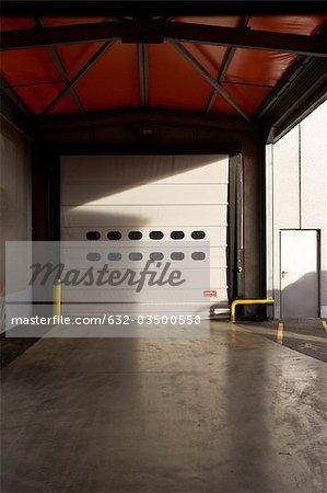 Porte à enroulement d'entrepôt