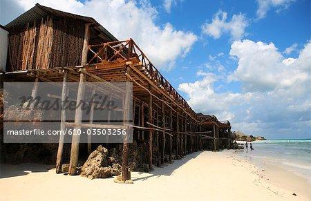 Tanzanie, Zanzibar (île d'Unguja), plage de Nungwi, hotel.