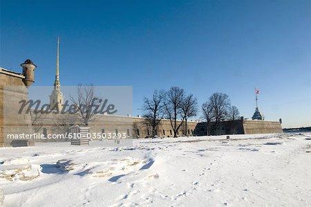 Russie, Saint-Pétersbourg, l'île Vassilievski, la forteresse Pierre et Paul.