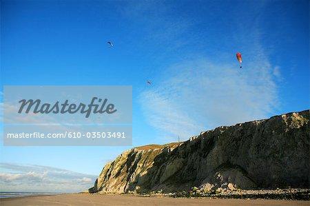 France, Pas-de-Calais, Cap Blanc Nez, paragliders.