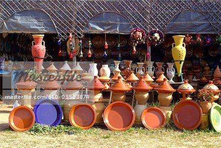 Maroc, près de Tanger, poterie