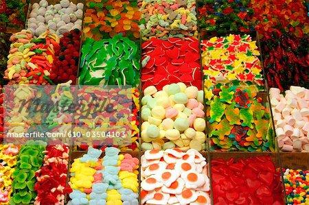 Espagne, Catalogne, Barcelone, el raval, marché, bonbons