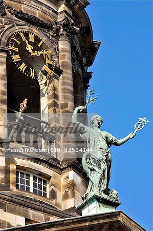 La Hollande septentrionale, Amsterdam, palais royal (Koninklijk Paleis)