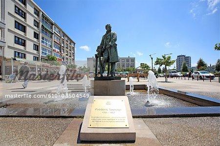 France, Pas-de-Calais, Boulogne sur Mer, statue of Frédéric sauvage