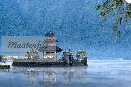 Indonesia, Bali, pagoda on the Bratan lake