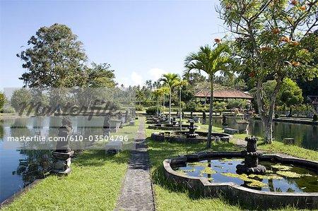 Indonésie, Bali, Tirtagangga, jardins royaux