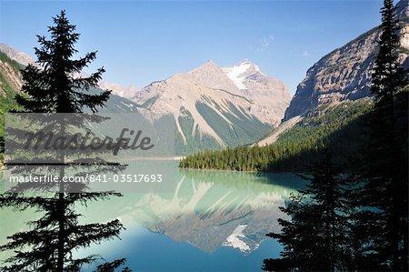 Kinney lac et montagne Whitehorn, Parc Provincial du Mont Robson, en Colombie-Britannique, Canada, en Amérique du Nord