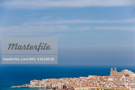Cathédrale dans le ciel de Cefalu, Sicile, Italie, Méditerranée, Europe