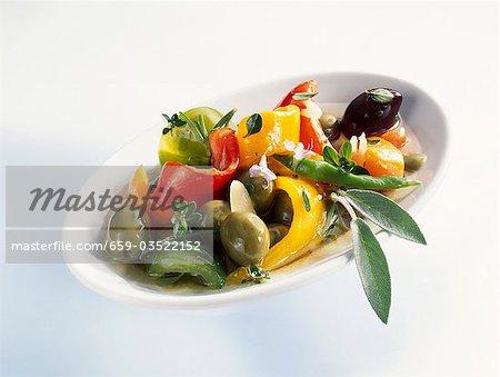 Poivrons marinés aux olives