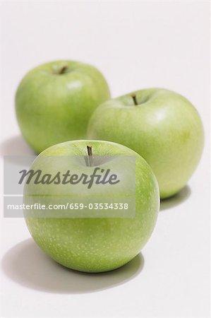 Trois pommes Granny Smith