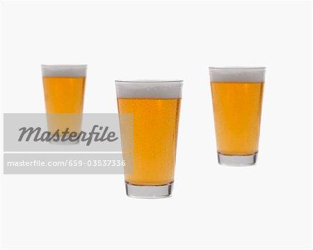 Drei Gläser des Lagers