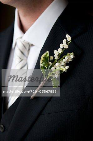 Nahaufnahme des Bräutigams dienstlich