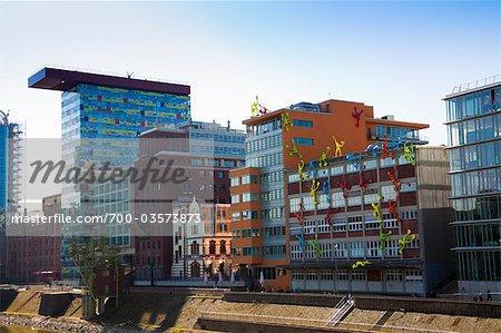 Bâtiments à Media Harbour, Dusseldorf, Allemagne