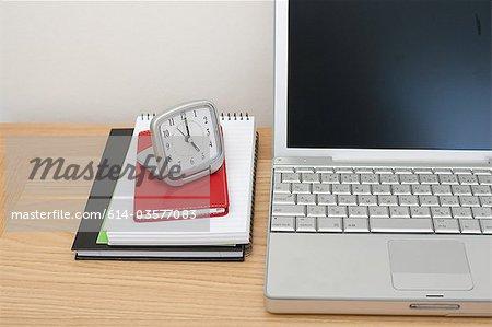 Ordinateur portable, ordinateurs portables et radio-réveil