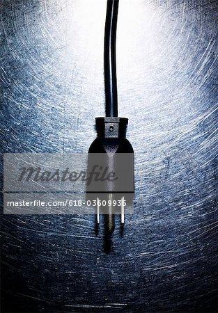 Dreifachen elektrischen Stecker auf Edelstahl.